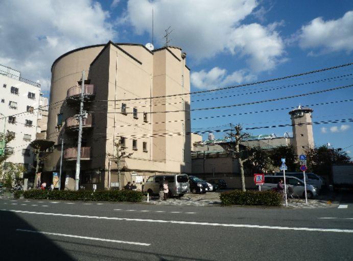 小学校:台東区立上野小学校 357m
