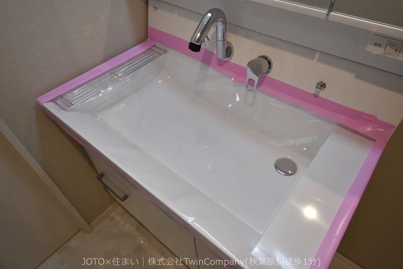 洗面台も新規交換