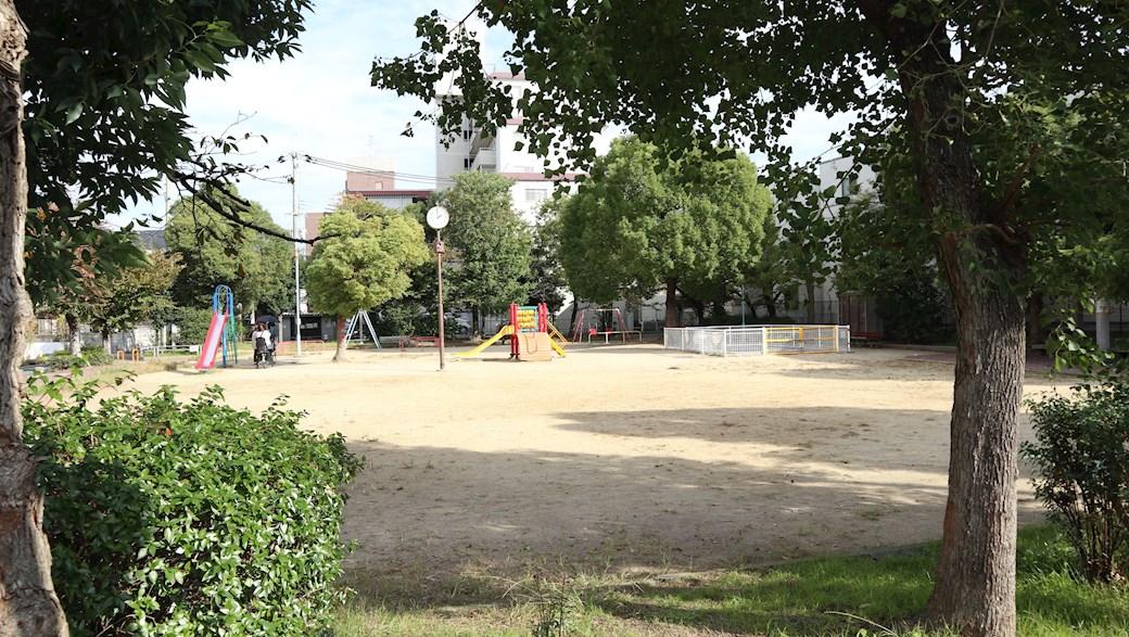 公園:長吉瓜破3号公園 218m