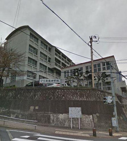 中学校:北九州市立高生中学校 1098m