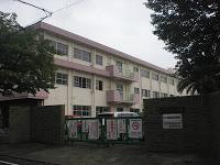 小学校:北九州市立筒井小学校 386m
