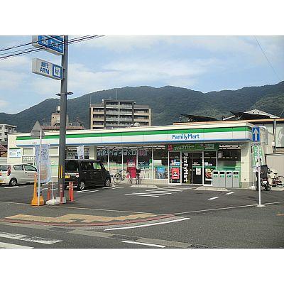 コンビ二:ファミリーマート 小倉黒住店 285m