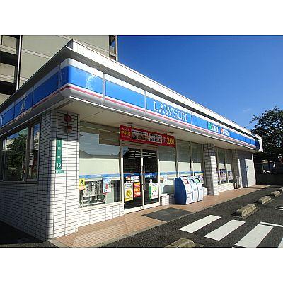 コンビ二:ローソン 小倉田町店 107m