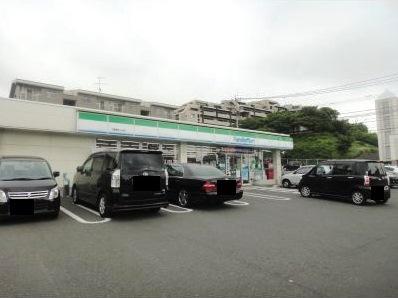 コンビ二:ファミリーマート 小倉朝日ヶ丘店 468m