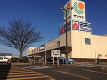 スーパー:Sun Live(サンリブ) 苅田店 369m