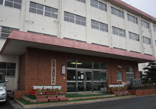 小学校:北九州市立東朽網小学校 1612m