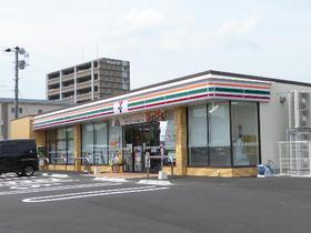 コンビ二:ファミリーマート 小倉徳力五丁目店 515m 近隣