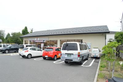 コンビ二:セブンイレブン 京都岩倉忠在地町店 929m