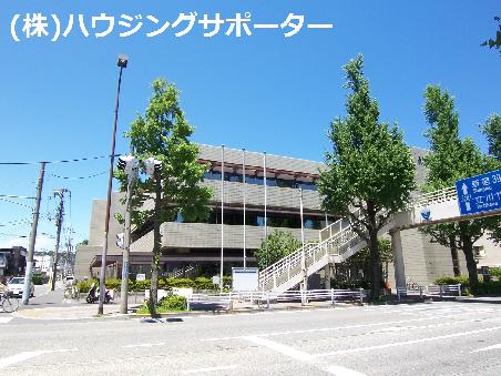図書館:八王子市中央図書館 157m